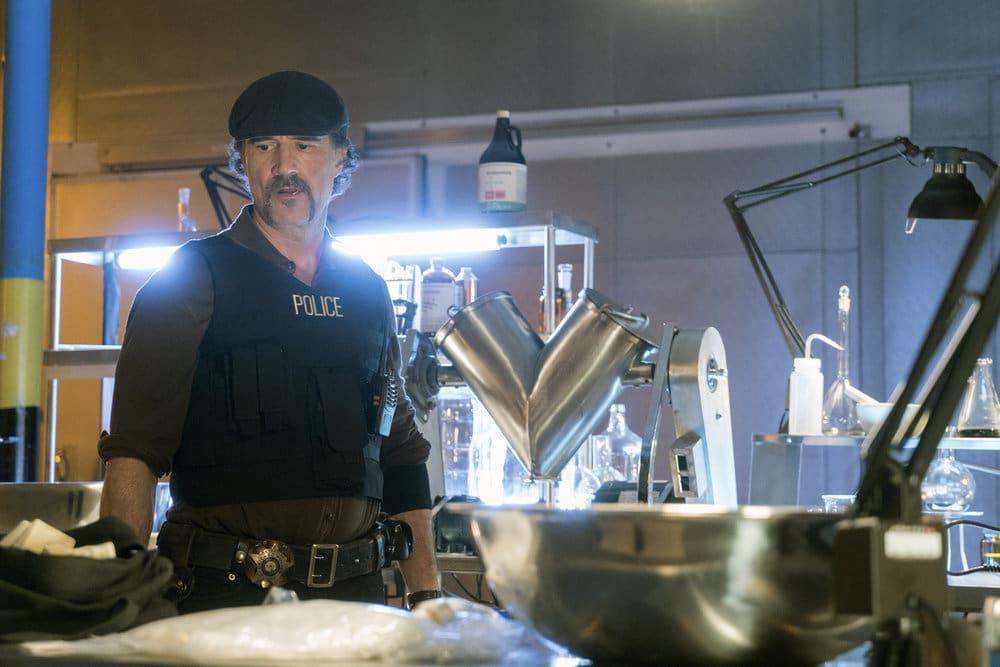 "CHICAGO P.D. -- ""A War Zone"" Episode 404 -- Pictured: Elias Koteas as Alvin Olinsky -- (Photo by: Elizabeth Sisson/NBC)"
