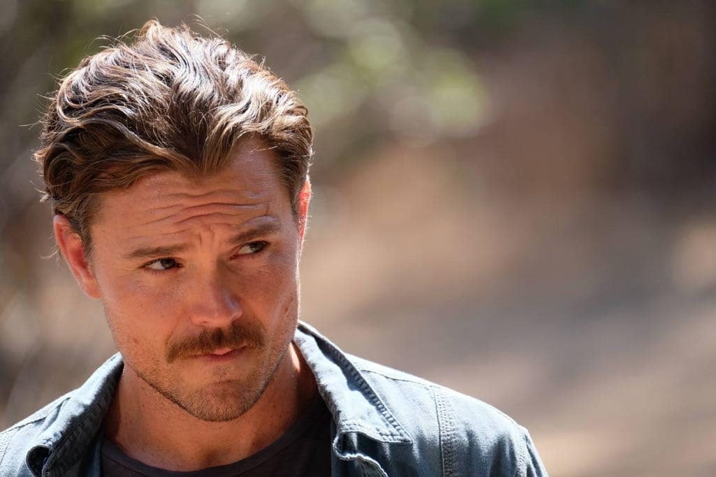 "LETHAL WEAPON: Clayne Crawford in the ""Spilt Milk"" episode of LETHAL WEAPON airing Wednesday, Oct. 19 (8:00-9:00 PM ET/PT) on FOX. ©2016 Fox Broadcasting Co. CR: Darren Michaels/FOX"