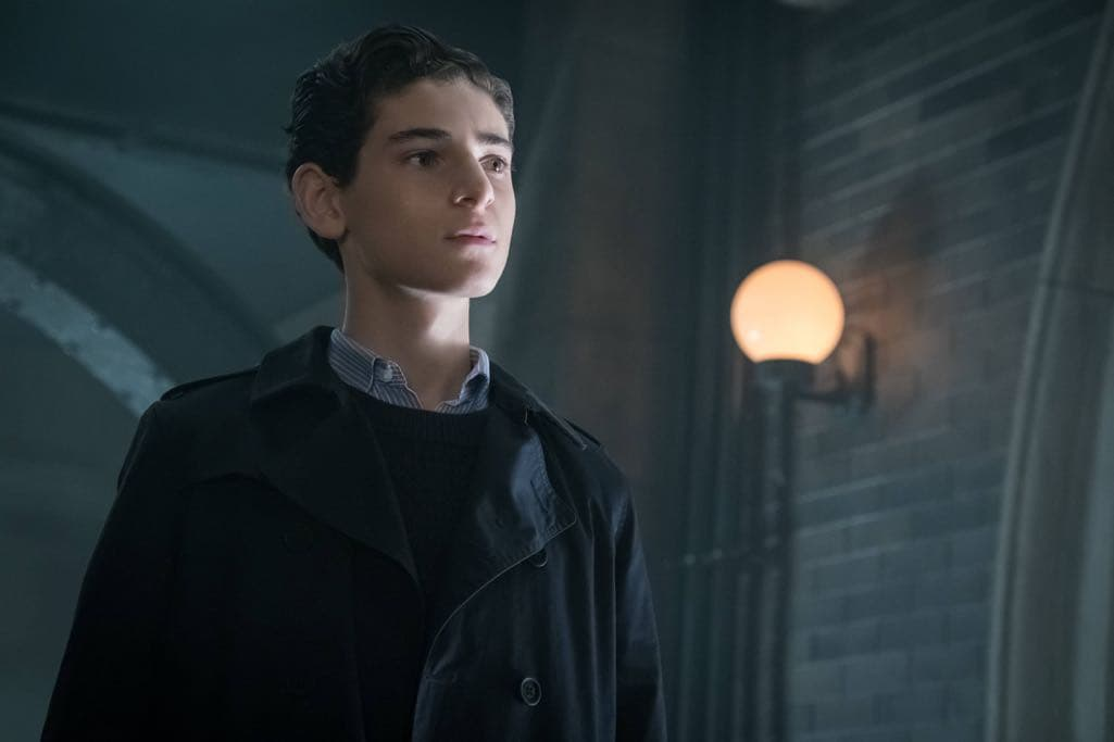 "GOTHAM: David Mazouz in the""Mad City: Anything For You"" episode of GOTHAM airing Monday, Oct. 17 (8:00-9:01 PM ET/PT) on FOX. ©2016 Fox Broadcasting Co. Cr: Jeff Neumann/FOX."