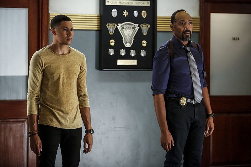 "The Flash -- ""Magenta"" -- Image FLA303b_0299b.jpg -- Pictured (L-R): Keiynan Lonsdale as Wally West and Jesse L. Martin as Detective Joe West -- Photo: Bettina Strauss/The CW -- © 2016 The CW Network, LLC. All rights reserved."