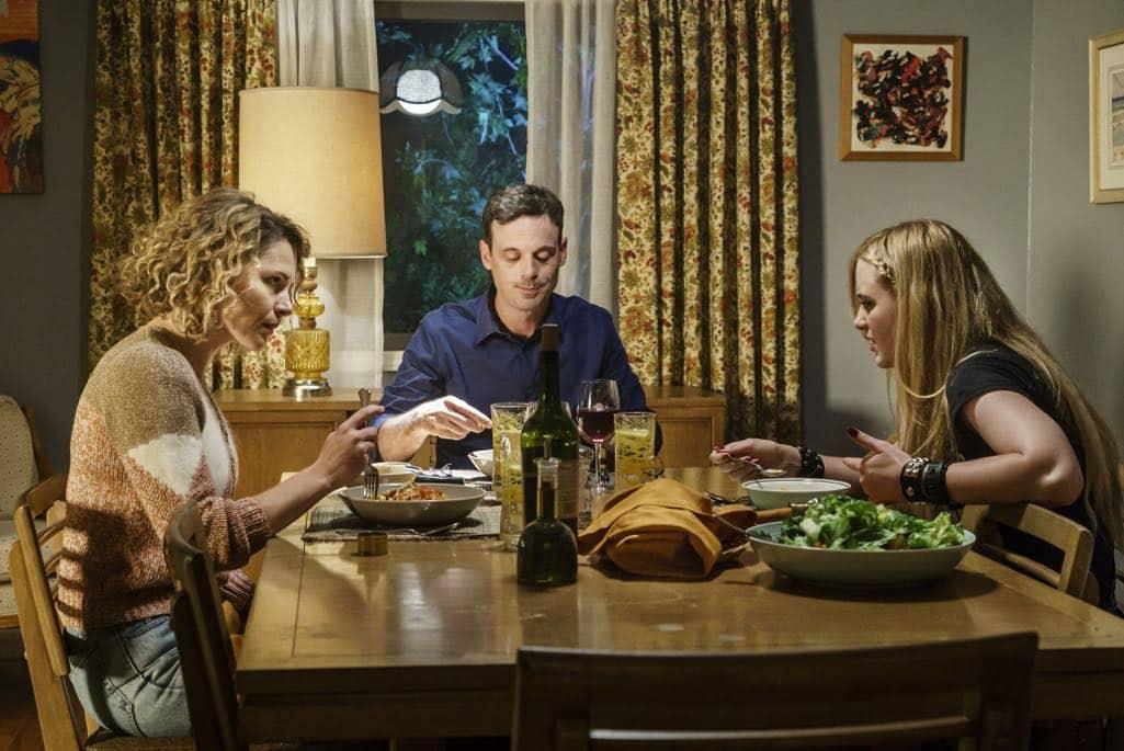 Scoot McNairy as Gordon, Amy Seimetz as Michelle, Kathryn Newton as Teen Joanie - Halt and Catch Fire _ Season 3, Episode 9 - Photo Credit: Tina Rowden/AMC