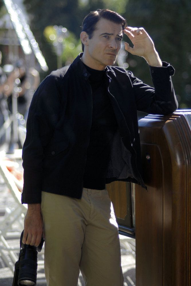 """TIMELESS -- """"Atomic City"""" Episode 102 -- Pictured: Goran Visnjic as Garcia Flynn -- (Photo by: Sergei Bachlakov/NBC)"""