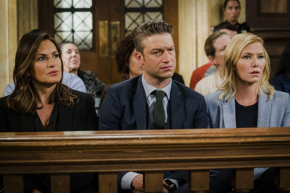 """LAW & ORDER: SPECIAL VICTIMS UNIT -- """"Heightened Emotions"""" Episode 1805 -- Pictured: (l-r) Mariska Hargitay as  Olivia Benson, Peter Scanavino as Dominick Carisi Jr., Kelli Giddish as Amanda Rollins -- (Photo by: Michael Parmelee/NBC)"""