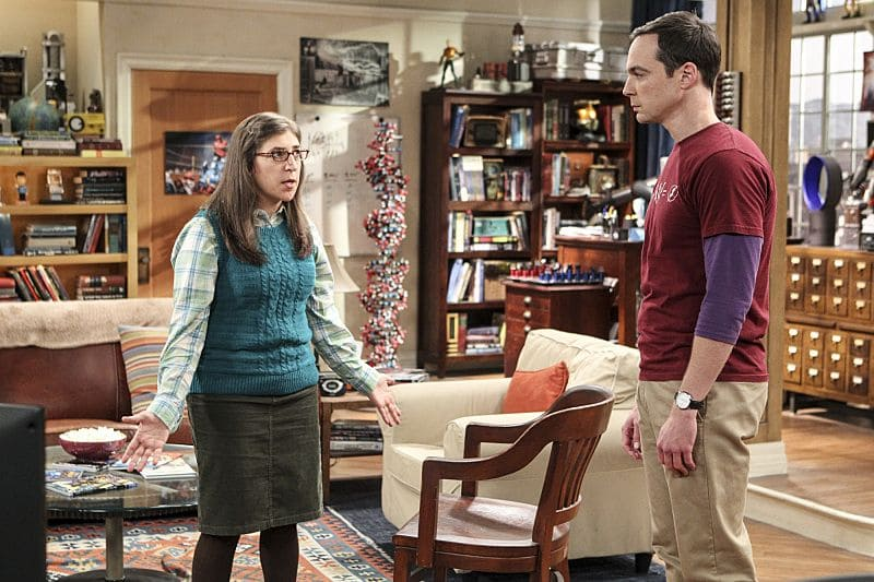 """The Hot Tub Contamination"" -- Pictured: Amy Farrah Fowler (Mayim Bialik) and Sheldon Cooper (Jim Parsons). Leonard and Penny must separate a quarreling Sheldon and Amy when their cohabitation does not go as planned, and Sheldon threatens to break off their relationship when Amy refuses to adhere to the bathroom schedule. Also, Howard and Bernadette find unexpected guests at their house when they decide to stay home from a planned vacation, on THE BIG BANG THEORY, Monday, Oct. 17 (8:00-8:31 PM, ET/PT), on the CBS Television Network. Photo: Sonja Flemming/CBS ©2016 CBS Broadcasting, Inc. All Rights Reserved."