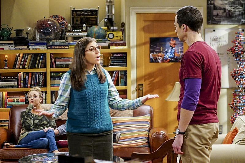 """The Hot Tub Contamination"" -- Pictured: Penny (Kaley Cuoco), Amy Farrah Fowler (Mayim Bialik) and Sheldon Cooper (Jim Parsons). Leonard and Penny must separate a quarreling Sheldon and Amy when their cohabitation does not go as planned, and Sheldon threatens to break off their relationship when Amy refuses to adhere to the bathroom schedule. Also, Howard and Bernadette find unexpected guests at their house when they decide to stay home from a planned vacation, on THE BIG BANG THEORY, Monday, Oct. 17 (8:00-8:31 PM, ET/PT), on the CBS Television Network. Photo: Sonja Flemming/CBS ©2016 CBS Broadcasting, Inc. All Rights Reserved."