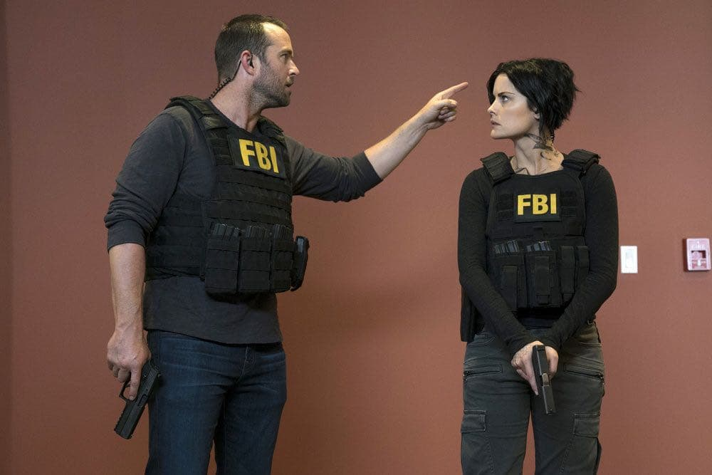 "BLINDSPOT-- ""Condone Untidiest Thefts"" Episode 205 -- Pictured: (l-r) Sullivan Stapleton as Kurt Weller, Jaimie Alexander as Jane Doe -- (Photo by: Peter Kramer/NBC)"