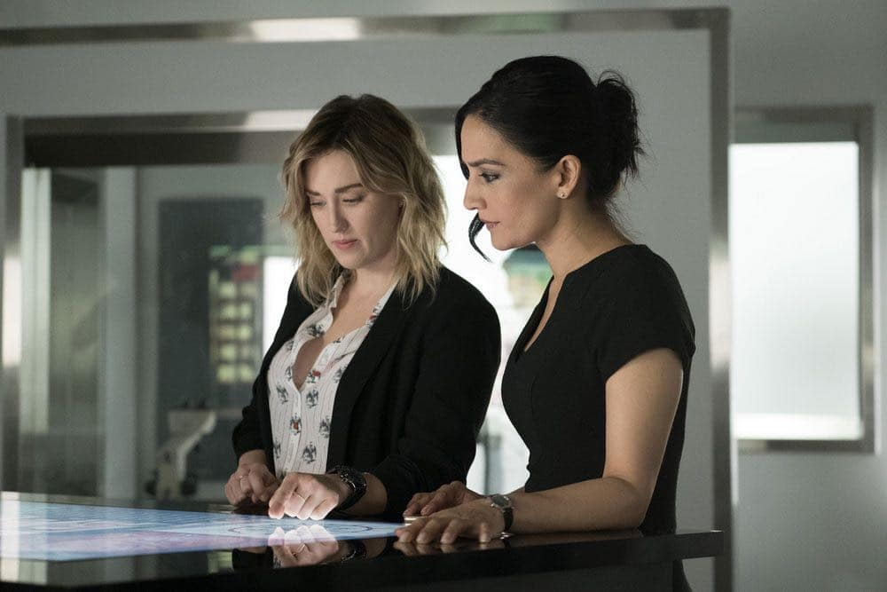 "BLINDSPOT -- ""Condone Untidiest Thefts"" Episode 205 -- Pictured: (l-r) Ashley Johnson as Patterson, Archie Panjabi as Nas Kamal -- (Photo by: Peter Kramer/NBC)"