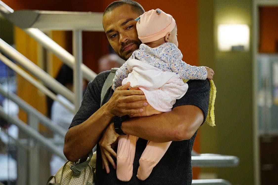 "GREY'S ANATOMY - ""Both Sides Now"" - Meredith and Bailey are at odds when both of their patients need a liver transplant, Owen seeks help from the other doctors when he is charged with babysitting baby Harriet for the day, and Amelia struggles with telling Owen some important news, on ""Grey's Anatomy,"" THURSDAY, OCTOBER 20 (8:00-9:00 p.m. EDT), on the ABC Television Network. (ABC/Richard Cartwright) JESSE WILLIAMS"