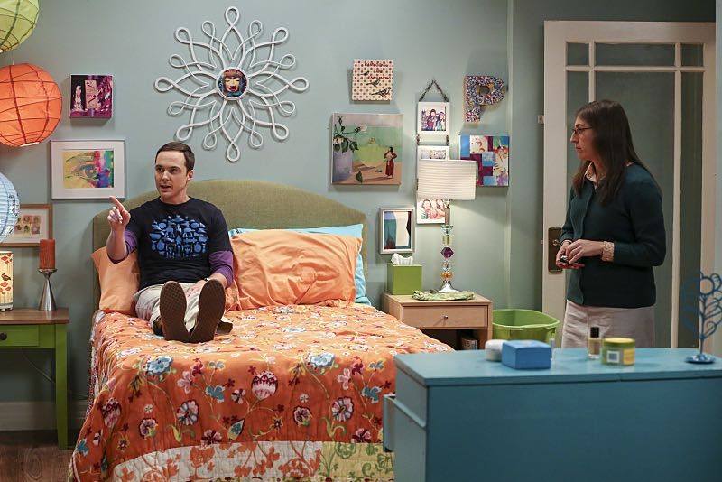 """The Cohabitation Experimentation"" -- Pictured: Sheldon Cooper (Jim Parsons) and Amy Farrah Fowler (Mayim Bialik). When Amy's apartment floods, she proposes a ""cohabitation experiment"" with Sheldon. Also, Howard and Bernadette are upset when Koothrappali learns the gender of the baby before them, on THE BIG BANG THEORY, Monday, Oct. 10 (8:00-8:31 PM, ET/PT), on the CBS Television Network. Photo: Michael Yarish/Warner Bros. Entertainment Inc. © 2016 WBEI. All rights reserved."