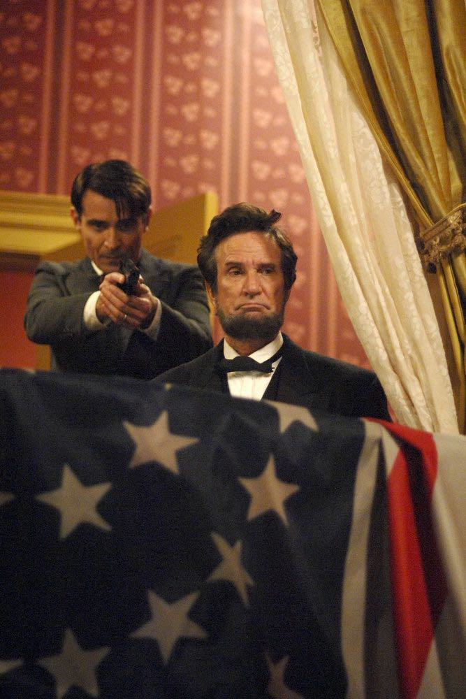 "TIMELESS -- ""The Assassination of Abraham Lincoln"" Episode 101 -- Pictured: (l-r) Goran Visnjic as Garcia Flynn, Michael Krebs as Abraham Lincoln -- (Photo by: Sergei Bachlakov/NBC)"