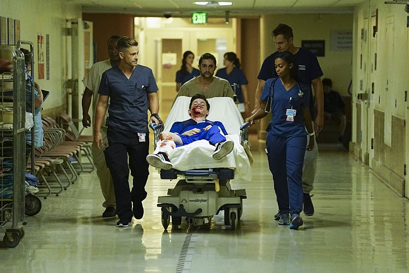 """""""Life and Limb"""" -- Coverage of the CBS series CODE BLACK, scheduled to air on the CBS Television Network. Pictured: Rob Lowe (Col. Ethan Willis), Nafessa Williams (Dr. Chrlotte Piel) Photo: Richard Cartwright/CBS ©2016 CBS Broadcasting, Inc. All Rights Reserved"""