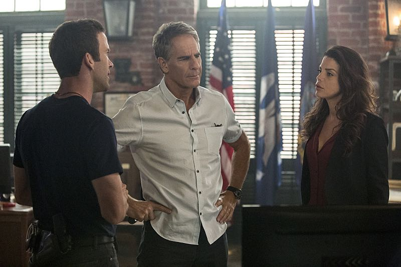 """""""Escape Plan"""" -- The NCIS team must rescue one of their own after Sebastian is kidnapped while at a restaurant with his mother, Sylvia Lund, and forced to use his gaming skills in a prison break, on NCIS: New Orleans, Tuesday, Oct. 18 (10:00-11:00, ET/PT), on the CBS Television Network. Pictured L-R: Lucas Black as Special Agent Christopher LaSalle, Scott Bakula as Special Agent Dwayne Pride, and Vanessa Ferlito as FBI Special Agent Tammy Gregorio Photo: Skip Bolen/CBS ©2016 CBS Broadcasting, Inc. All Rights Reserved"""