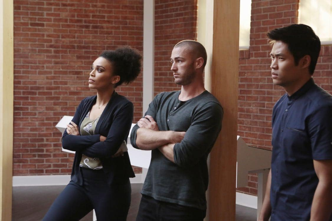"""QUANTICO - """"Stescalade"""" - The new CIA recruits continue training at The Farm focusing on assessment, while in the future, Alex goes undercover to infiltrate the terrorist group holding everyone hostage where she is shocked to discover not everyone is a stranger on """"Quantico,"""" airing SUNDAY, OCTOBER 16 (10:00-11:00 p.m. EDT), on the ABC Television Network. (ABC/Giovanni Rufino) PEARL THUSI, JAKE MCLAUGHLIN, DAVID LIM"""