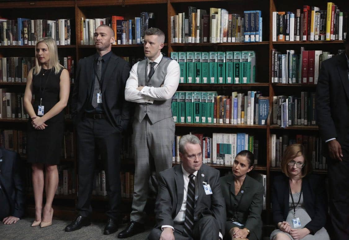 """QUANTICO - """"Stescalade"""" - The new CIA recruits continue training at The Farm focusing on assessment, while in the future, Alex goes undercover to infiltrate the terrorist group holding everyone hostage where she is shocked to discover not everyone is a stranger on """"Quantico,"""" airing SUNDAY, OCTOBER 16 (10:00-11:00 p.m. EDT), on the ABC Television Network. (ABC/Giovanni Rufino) HELÉNE YORKE, JAKE MCLAUGHLIN, RUSSELL TOVEY"""
