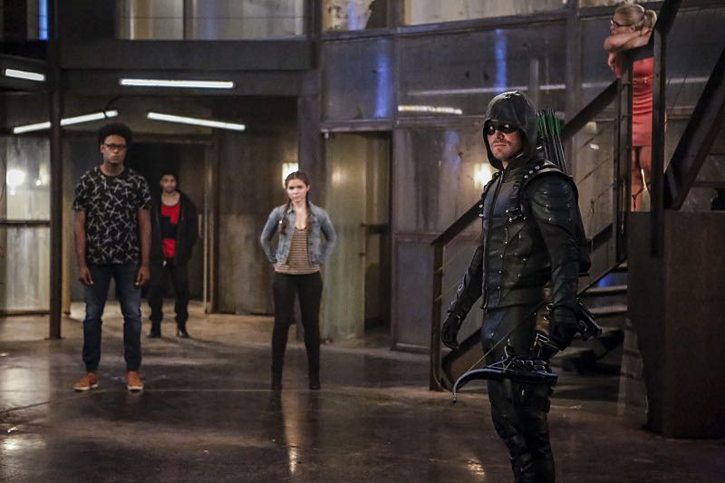"""Arrow -- """"The Recruits"""" -- Image AR502a_0051b.jpg -- Pictured (L-R): Echo Kellum as Curtis Holt, Rick Gonzales as Rene Ramirez/Wild Dog, Madison McLaughlin as Evelyn Sharp, Stephen Amell as Green Arrow and Emily Bett Rickards as Felicity Smoak -- Photo: Bettina Strauss/The CW -- © 2016 The CW Network, LLC. All Rights Reserved."""