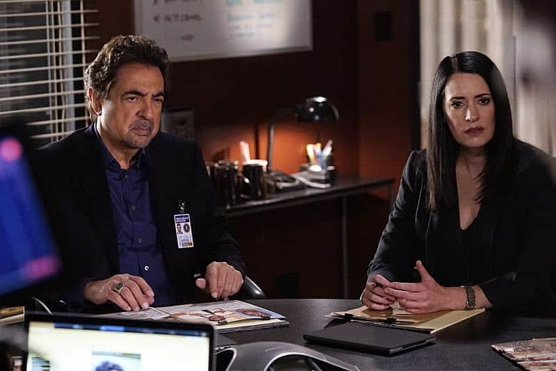 """Mirror Image"" -- The BAU team opens an investigation when a man who fully believes he's Dr. Tara Lewis' (Aisha Tyler) brother arrives in town, knowing everything about her and her family, and she is unable to make contact with her real sibling, on CRIMINAL MINDS, Wednesday, Nov. 30 (9:00-10:00 PM, ET/PT), on the CBS Television Network. Series star Joe Mantegna directed the episode. Pictured: Joe Mantegna (David Rossi), Paget Brewster (Emily Prentiss) Photo: Robert Voets/CBS ©2016 CBS Broadcasting, Inc. All Rights Reserved"