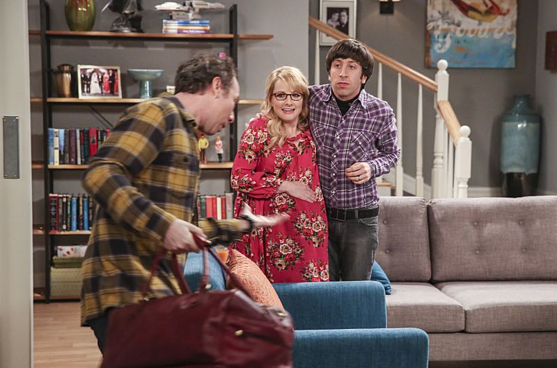 """The Property Division Collision"" -- Pictured: Stuart (Kevin Sussman), Bernadette (Melissa Rauch) and Howard Wolowitz (Simon Helberg). Sheldon and Leonard try to divvy up their shared belongings, but can't agree on anything. Also, Koothrappali and Stuart fight to be the most helpful during Bernadette's final weeks of pregnancy, on THE BIG BANG THEORY, Thursday, Dec. 1 (8:00-8:31 PM, ET/PT), on the CBS Television Network. Christopher Lloyd guest stars as Theodore. Photo: Michael Yarish/Warner Bros. Entertainment Inc. © 2016 WBEI. All rights reserved."