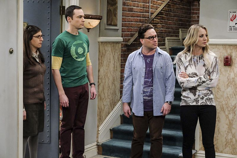 """The Property Division Collision"" -- Pictured: Amy Farrah Fowler (Mayim Bialik), Sheldon Cooper (Jim Parsons), Leonard Hofstadter (Johnny Galecki) and Penny (Kaley Cuoco). Sheldon and Leonard try to divvy up their shared belongings, but can't agree on anything. Also, Koothrappali and Stuart fight to be the most helpful during Bernadette's final weeks of pregnancy, on THE BIG BANG THEORY, Thursday, Dec. 1 (8:00-8:31 PM, ET/PT), on the CBS Television Network. Christopher Lloyd guest stars as Theodore. Photo: Darren Michaels/Warner Bros. Entertainment Inc. © 2016 WBEI. All rights reserved."