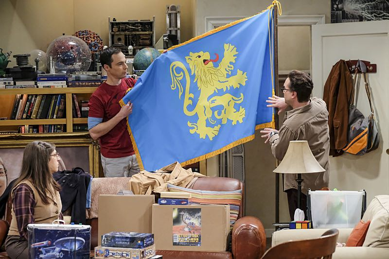 """The Property Division Collision"" -- Pictured: Amy Farrah Fowler (Mayim Bialik), Sheldon Cooper (Jim Parsons) and Leonard Hofstadter (Johnny Galecki). Sheldon and Leonard try to divvy up their shared belongings, but can't agree on anything. Also, Koothrappali and Stuart fight to be the most helpful during Bernadette's final weeks of pregnancy, on THE BIG BANG THEORY, Thursday, Dec. 1 (8:00-8:31 PM, ET/PT), on the CBS Television Network. Christopher Lloyd guest stars as Theodore. Photo: Darren Michaels/Warner Bros. Entertainment Inc. © 2016 WBEI. All rights reserved."