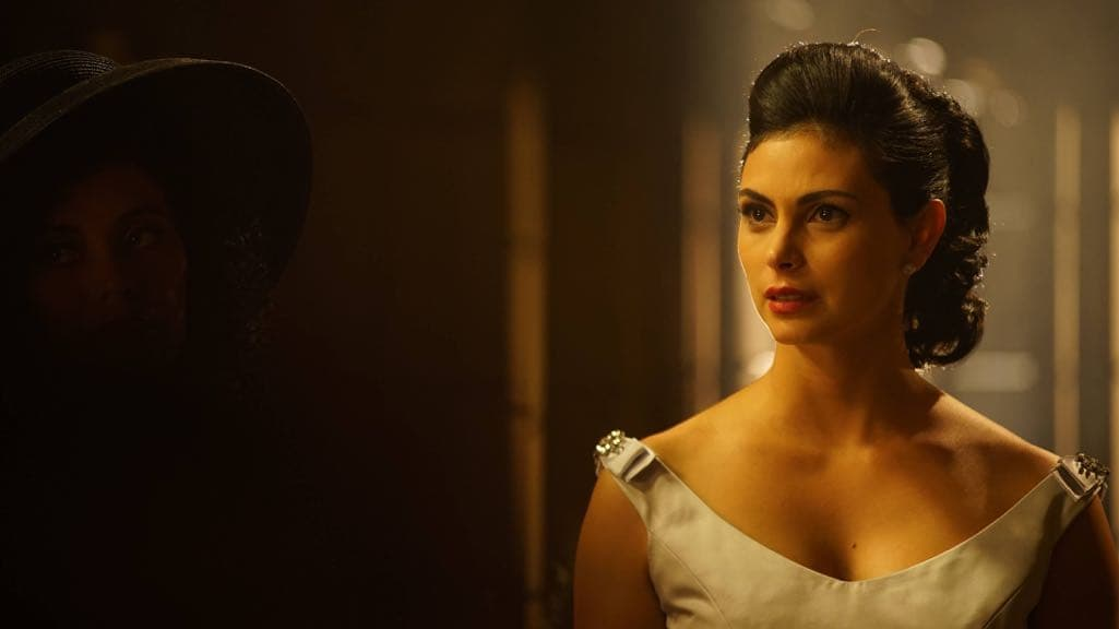 "GOTHAM: Morena Baccarin in the""Mad City: Beware the Green-Eyed Monster"" episode of GOTHAM airing Monday, Nov. 28 (8:00-9:01 PM ET/PT) on FOX. Cr: Jeff Neumann/FOX."
