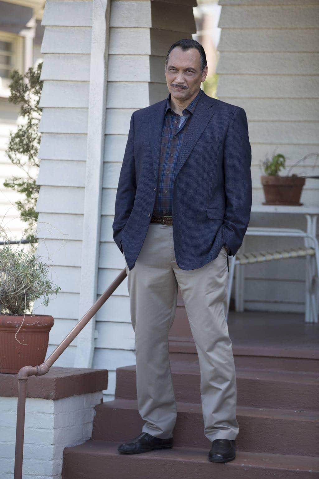 "BROOKLYN NINE-NINE: Guest star Jimmy Smits in the ""Mr. Santiago"" episode of BROOKLYN NINE-NINE airing Tuesday, Nov. 22 (8:00-8:31 PM ET/PT) on FOX.CR: John P Fleenor/FOX"