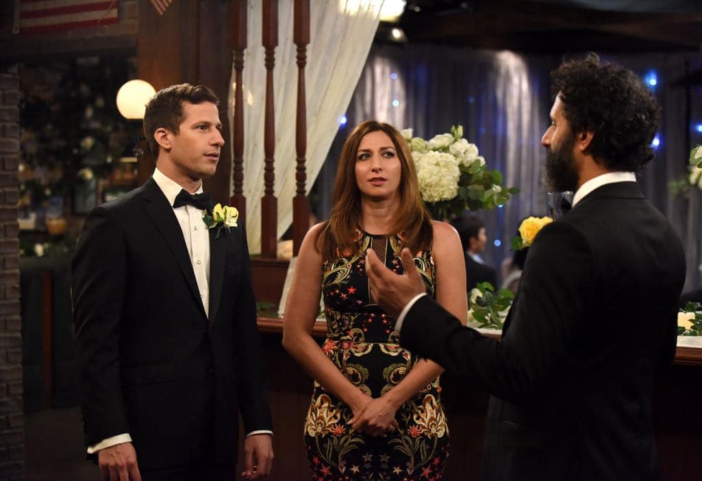 BROOKLYN NINE-NINE: L-R: Andy Samberg, Chelsea Peretti and guest star Jason Mantzoukas in the ???Monster In The Closet??? episode of BROOKLYN NINE-NINE airing Tuesday, Nov. 15 (8:00-8:31 PM ET/PT) on FOX. ©2016 Fox Broadcasting Co. Cr: FOX