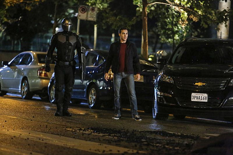 "Supergirl -- ""Changing"" -- Image SPG206b_0158 -- Pictured (L-R): Mehcad Brooks as James Olsen / Guardian and Chris Wood as Mike/Mon-El -- Photo: Bettina Strauss /The CW -- © 2016 The CW Network, LLC. All Rights Reserved"