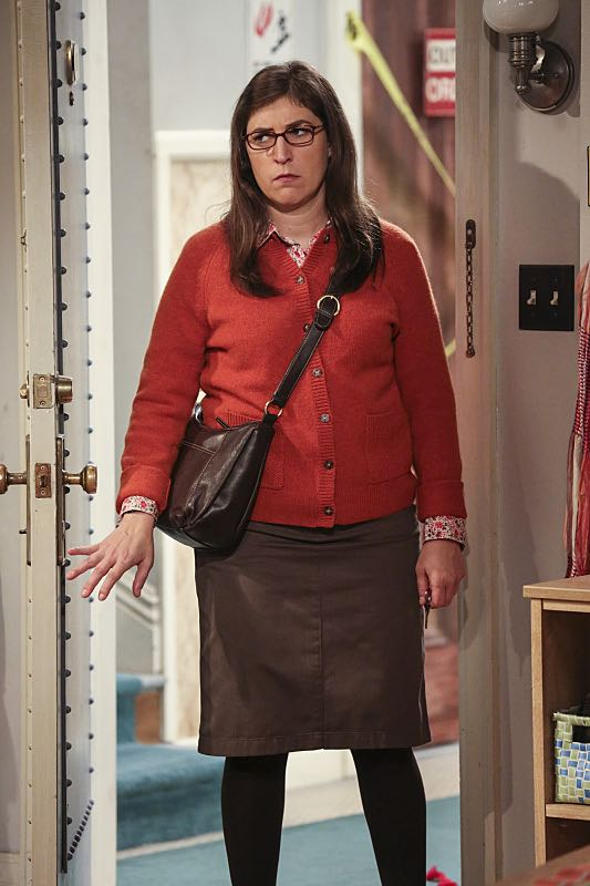 """""""The Brain Bowl Incubation"""" -- Pictured: Amy Farrah Fowler (Mayim Bialik). After a successful experiment combining their genes, Sheldon will stop at nothing to convince Amy they should procreate. Also, Koothrappali is embarrassed to tell the gang what the new woman he's dating does for a living, on THE BIG BANG THEORY, Thursday, Nov. 10 (8:00-8:31 PM, ET/PT), on the CBS Television Network. Photo: Michael Yarish/Warner Bros. Entertainment Inc. © 2016 WBEI. All rights reserved."""