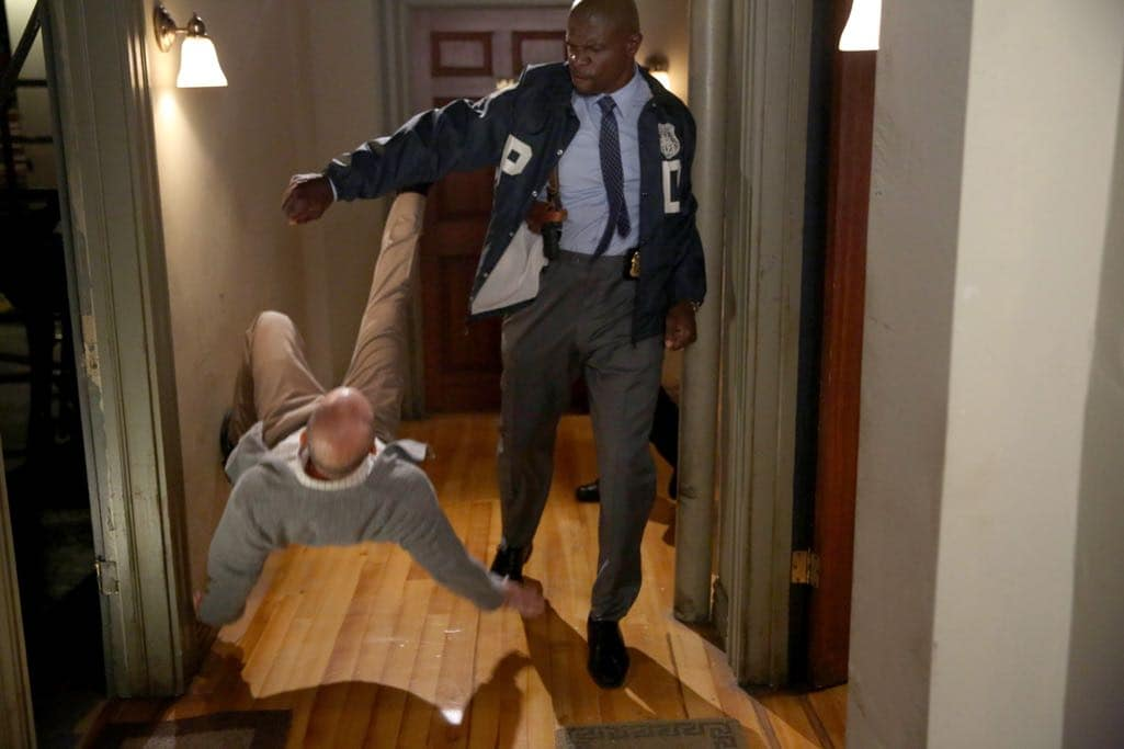 "BROOKLYN NINE-NINE: Terry Crews in the ""Skyfire Cycle"" episode of BROOKLYN NINE-NINE airing Tuesday, Nov. 1 (8:00-8:31 PM ET/PT) on FOX. CR: John P Fleenor/FOX"