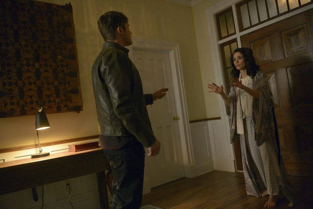 "TIMELESS -- ""Karma Chameleon"" Episode 113 -- Pictured: (l-r) Matt Lanter as Wyatt Logan, Abigail Spencer as Lucy Preston"
