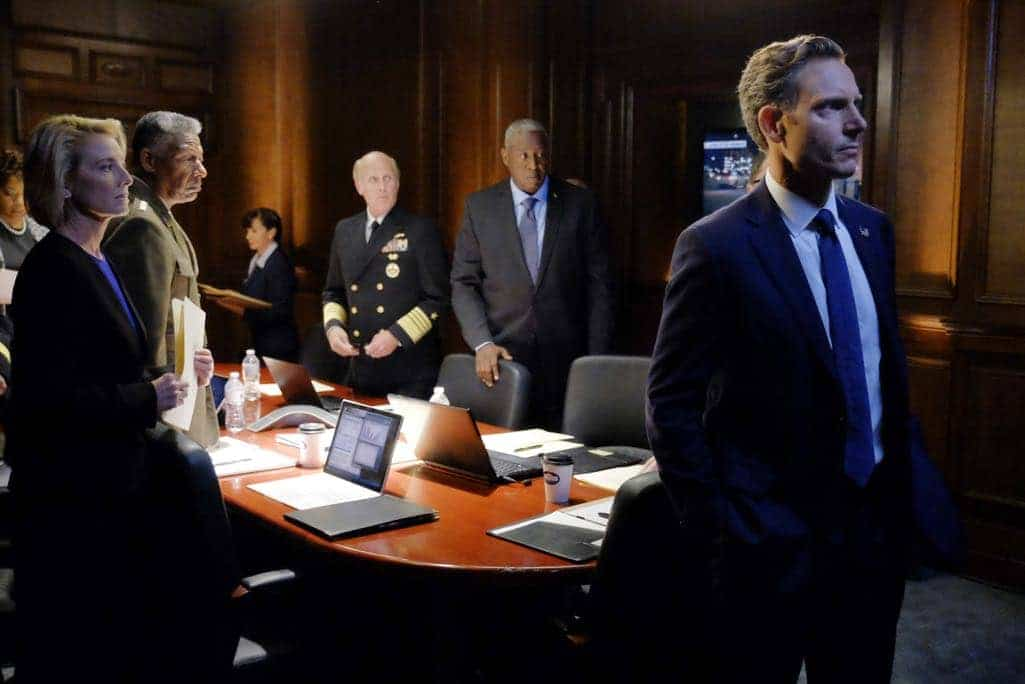 SCANDAL Season 6 Episode 1 Photos Survival of the Fittest 08
