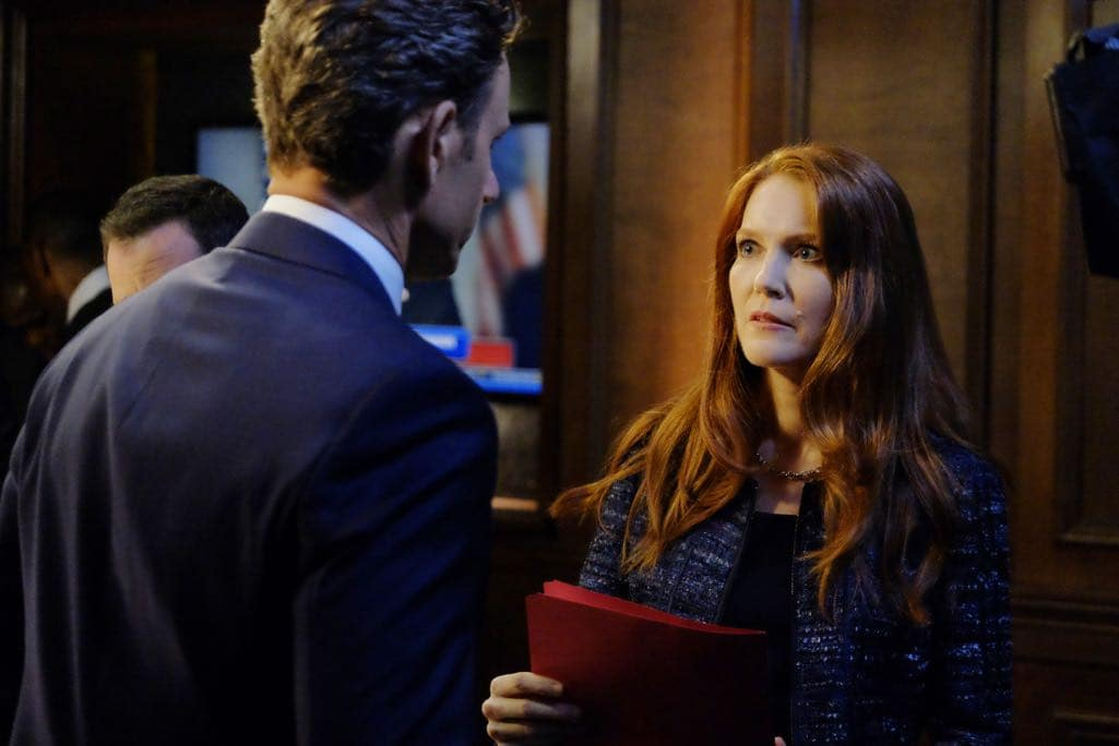 SCANDAL Season 6 Episode 1 Photos Survival of the Fittest 06