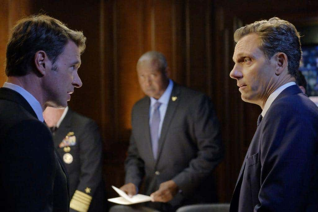 SCANDAL Season 6 Episode 1 Photos Survival of the Fittest 04