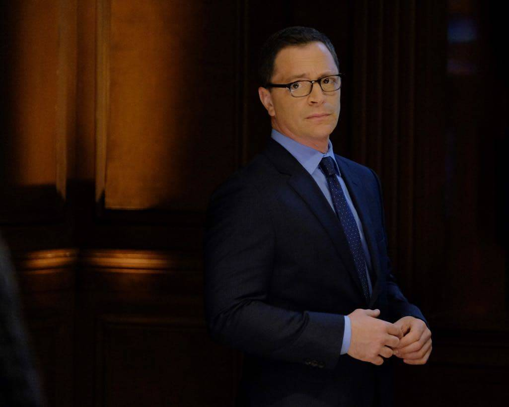 SCANDAL Season 6 Episode 1 Photos Survival of the Fittest 15