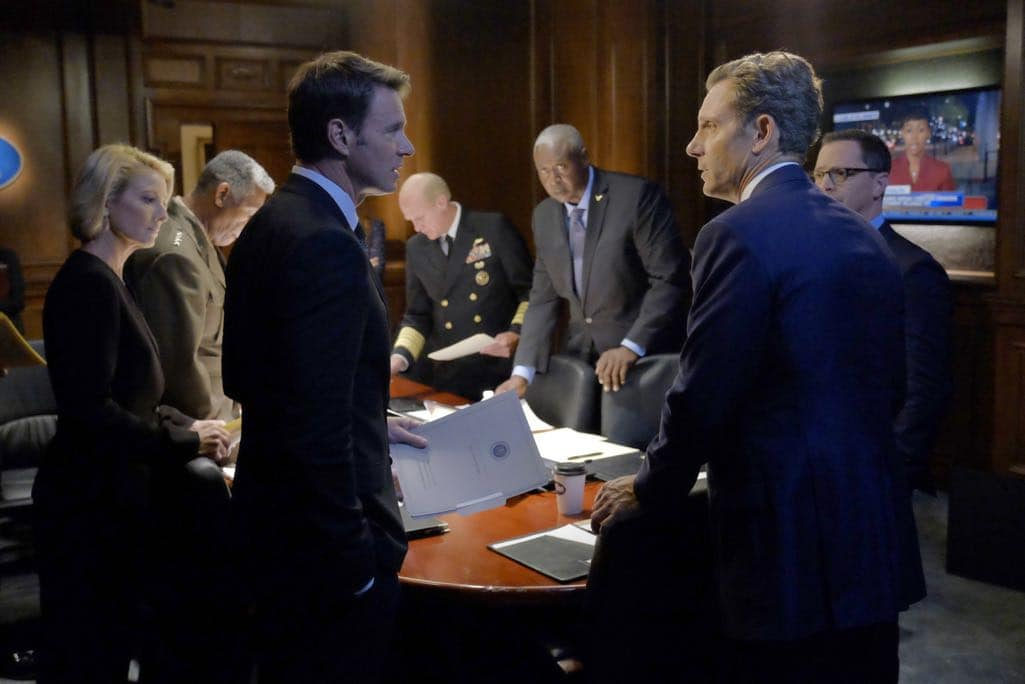 SCANDAL Season 6 Episode 1 Photos Survival of the Fittest 14