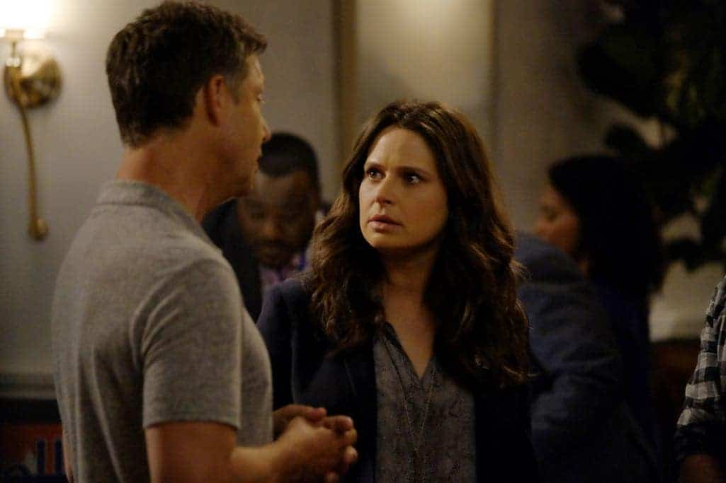 SCANDAL Season 6 Episode 1 Photos Survival of the Fittest 37