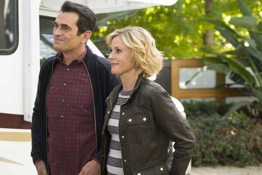 MODERN FAMILY Season 8 Episode 10 Photos 04