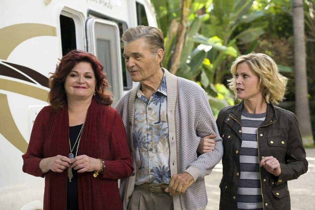 MODERN FAMILY Season 8 Episode 10 Photos 05
