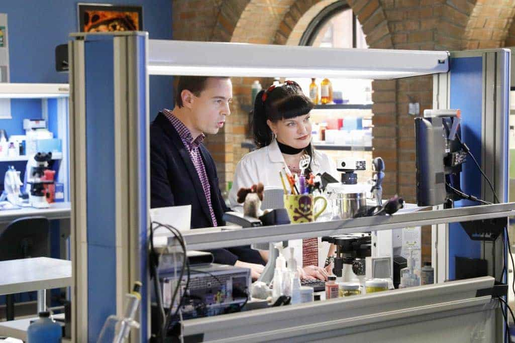 NCIS Season 14 Episode 16 Photos A Many Splendored Thing 06