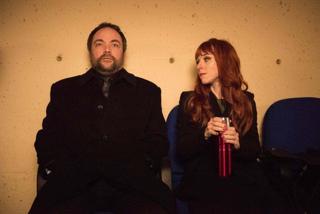 "Supernatural --""Family Feud""-- SN1213a_0401.jpg -- Pictured (L-R): Mark Sheppard as Crowley and Ruth Connell as Rowena"