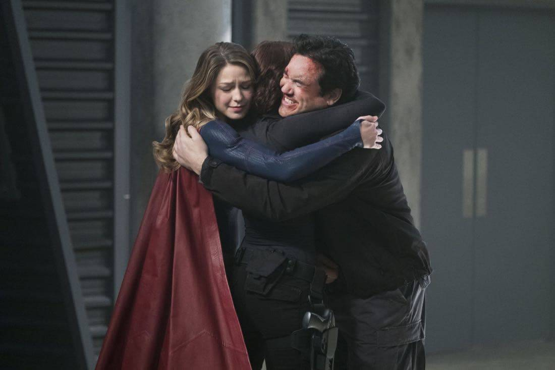 SUPERGIRL Season 2 Episode 14 Photos Homecoming 10