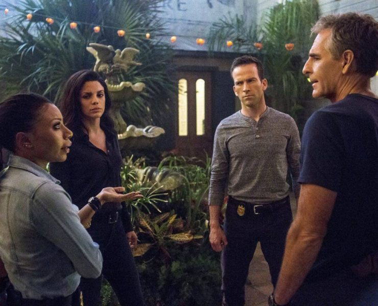 """""""Swift Silent Deadly"""" -- A highly credentialed and skilled special ops marine sends Pride and the NCIS team on a city-wide manhunt after he assaults six men in a bar, on NCIS: NEW ORLEANS, Tuesday, March 14 (9:00-10:00, ET/PT) on the CBS Television Network. Pictured L-R: Shalita Grant as Sonja Percy, Vanessa Ferlito as FBI Special Agent Tammy Gregorio, Lucas Black as Special Agent Christopher LaSalle, and Scott Bakula as Special Agent Dwayne Pride Photo: Skip Bolen/CBS ©2017 CBS Broadcasting, Inc. All Rights Reserved"""