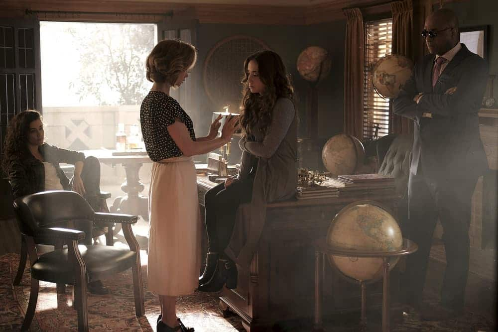 """THE MAGICIANS -- """"Plan B"""" Episode 207 -- Pictured: (l-r) Jade Tailor as Kady, Stella Maeve as Julia, Rick Worthy as Dean Fogg -- (Photo by: Eike Schroter/Syfy)"""