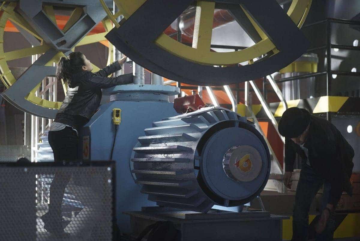 """""""Broken Wind"""" -- While on a mission to repair a turbine at a wind farm, Team Scorpion must race to save Paige and Happy before the cable holding the gondola they are in snaps and sends them plummeting to the ground, on SCORPION, Monday, March 20 (10:00-11:00 PM, ET/PT) on the CBS Television Network. Pictured: Jadyn Wong, Eddie Kaye Thomas. Photo: Monty Brinton/CBS ©2017 CBS Broadcasting, Inc. All Rights Reserved"""