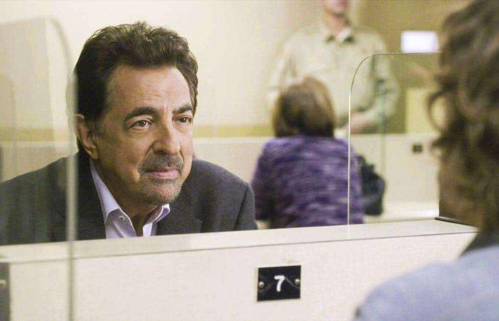 Joe Mantegna (David Rossi) visiting Reid In Prison