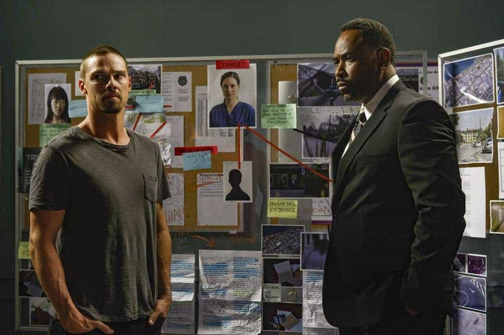 Mary Kills People (L to R) Jay Ryan and Benz Antoine star in Lifetime's all-new scripted series Mary Kills People airing, Sunday, April 30 at 10pm ET/PT on Lifetime. Photo by Christos Kalohoridis Copyright 2017