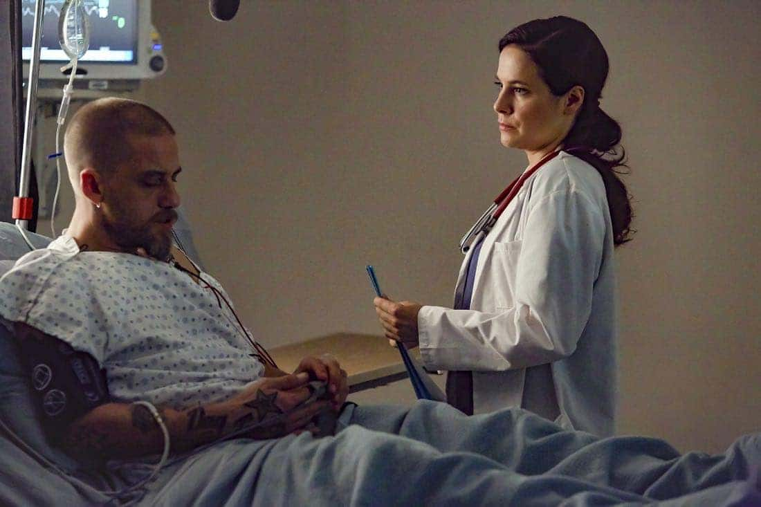 Mary Kills People (L to R) Joel Thomas Hynes and Caroline Dhavernas star in Lifetime's all-new scripted series Mary Kills People airing, Sunday, May 7 at 10pm ET/PT on Lifetime. Photo by Christos Kalohoridis Copyright 2017