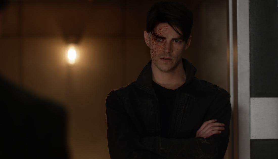 The Flash Season 3 Episode 23 Finish Line 03