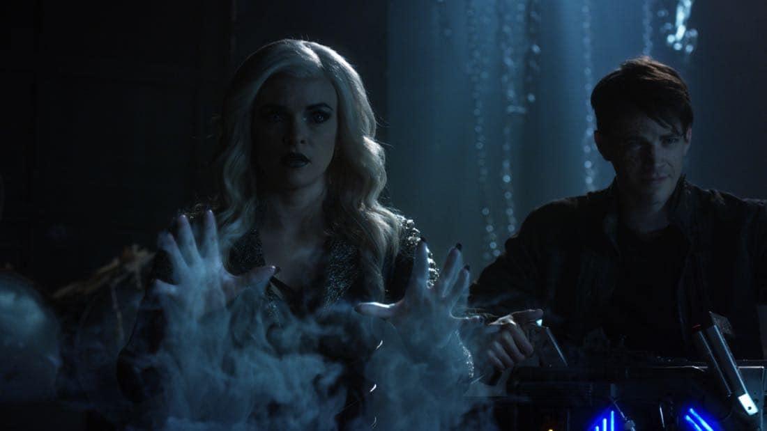 The Flash Season 3 Episode 23 Finish Line 06