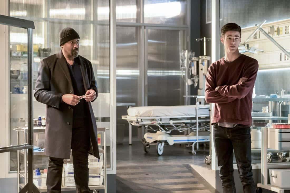 The Flash Season 3 Episode 23 Finish Line 10